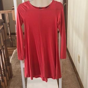 Salmon Express dress with long sleeves